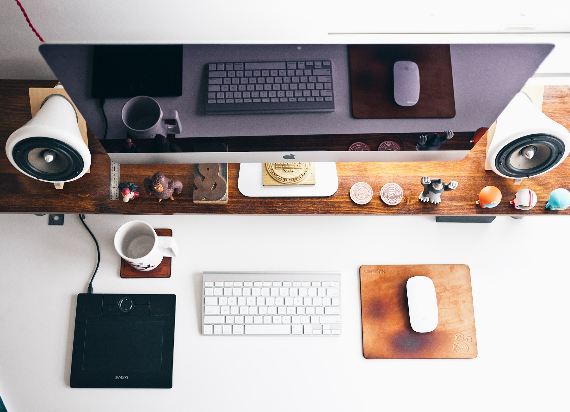 Why workers hate hot-desking - and how you CAN make it work