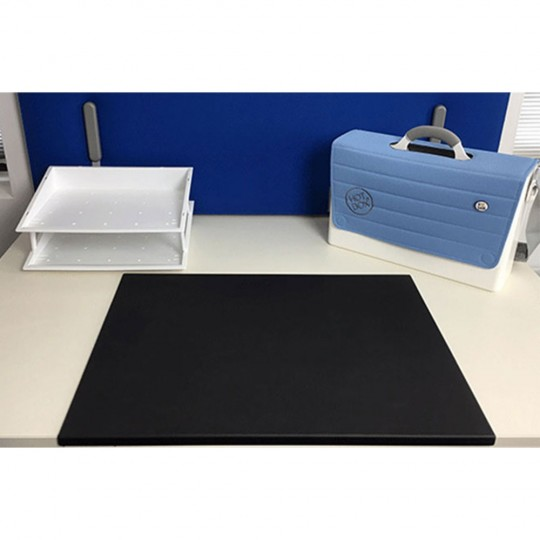 Fold Anti-Bacterial Desk Mat - standard - black - front view