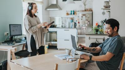 Sharing space: home office tips for couples